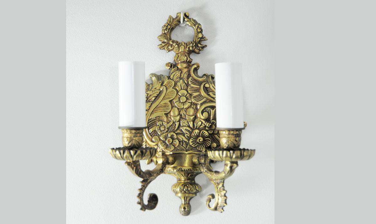 Aplique de pared de bronce con placa en forma de cornucopia - Apliques de bronce para muebles ...